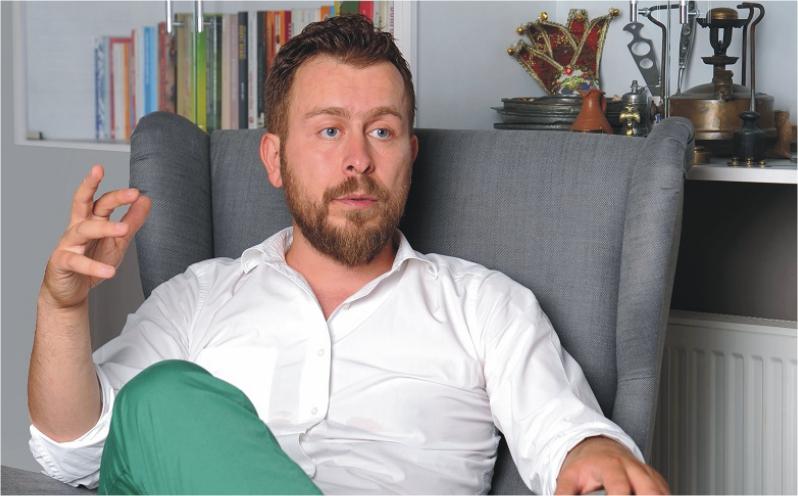 Ömür Akkor Interview
